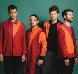 Everything Everything lyrics